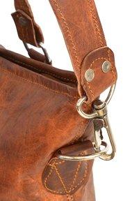 Gusti Leder - Käsilaukku - brown - 5