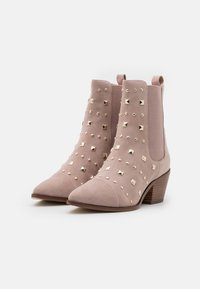 Copenhagen Shoes - BALL SPRING - Cowboy/biker ankle boot - beige - 2