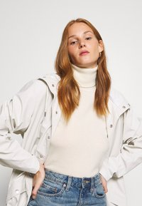 Benetton - TURTLE NECK - Maglione - offwhite - 4
