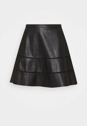 ONLKATIE SKATER SKIRT - Minifalda - black