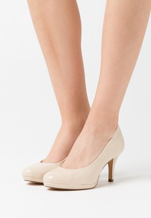 COURT SHOE - Tacones - cream