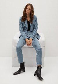 Mango - BOREAL - Trousers - bleu ciel - 3