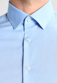 Calvin Klein Tailored - BARI SLIM FIT - Formal shirt - blue - 3