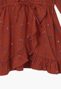 Soft Gallery - Denní šaty - red ochre - 4