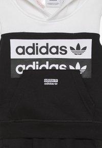 adidas Originals - HOODIE SET - Sweat à capuche - black/white - 4
