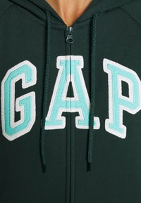 GAP - Bluza rozpinana - campus green - 6