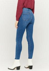 TALLY WEiJL - Jeans Skinny Fit - blue denim - 2