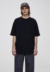 PULL&BEAR - Basic T-shirt - black - 0