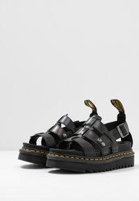 Dr. Martens - TERRY - Sandály na platformě - black brando - 4