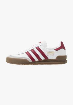 JEANS UNISEX - Matalavartiset tennarit - footwear white/collegiate burgundy