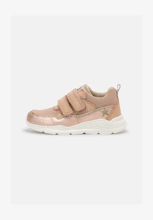 PAN - Sneakers - rose gold