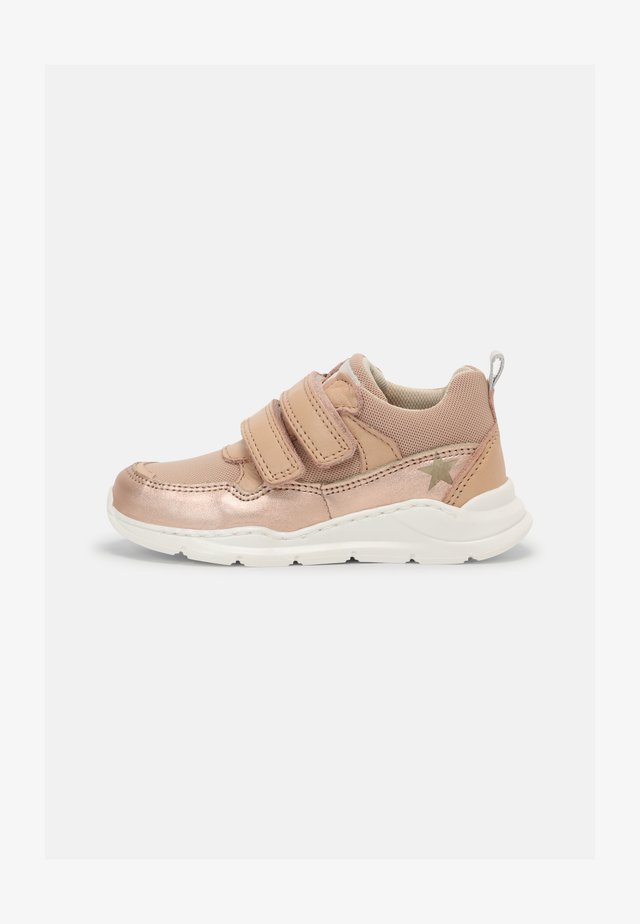 PAN - Trainers - rose gold