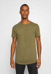 Jack & Jones PREMIUM - JJEASHER TEE O-NECK NOOS - Basic T-shirt - olive night - 0
