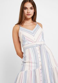 Forever New - STRIPE BUTTON THROUGH DRESS - Maxi dress - multi-coloured - 4