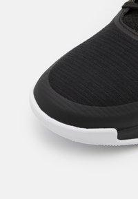 adidas Performance - CRAZYFLIGHT MID - Lentopallokengät - core black/footwear white/core black - 5