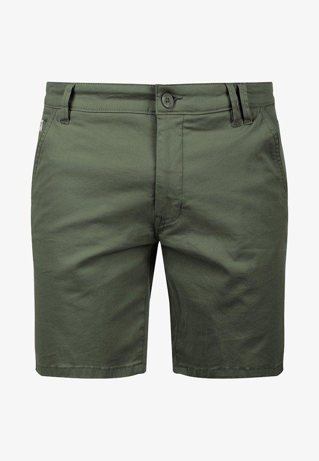 CHINOSHORTS MONTERO - Shorts - light army
