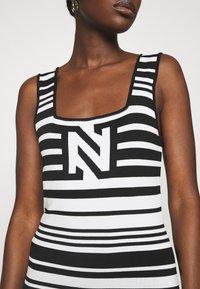 NIKKIE - JEAN DRESS - Jumper dress - white/black - 4