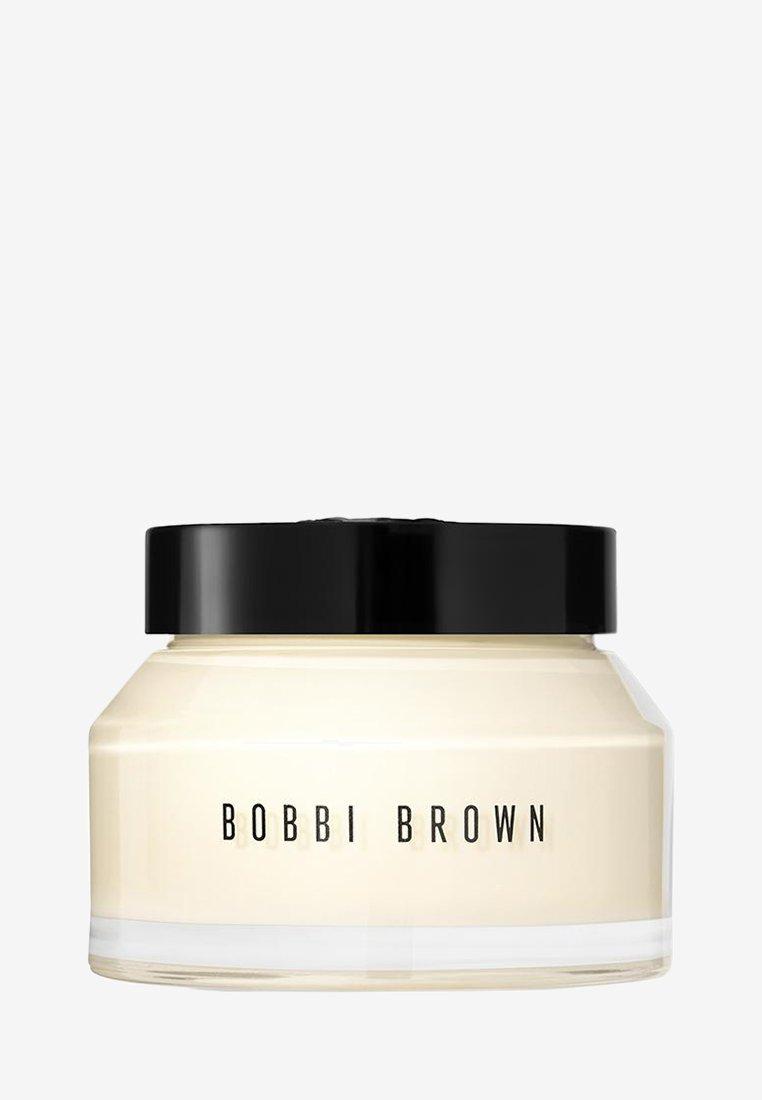 Bobbi Brown - VITAMIN ENRICHED FACE BASE JUMBO - Dagkräm - -