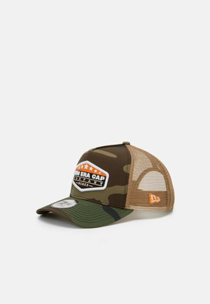 MXMXX PATCH TRUCKER - Kšiltovka - mottled olive