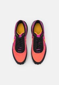 Nike Sportswear - WAFFLE ONE UNISEX - Trainers - active fuchsia/university gold/black/coconut milk - 7