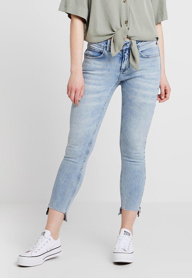 AXELLE - Jeans Skinny Fit - eldorado