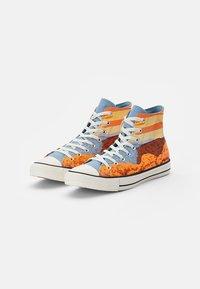 Converse - CHUCK TAYLOR ALL STAR NATIONAL PARKS - High-top trainers - magma orange/sea salt blue/egret - 1