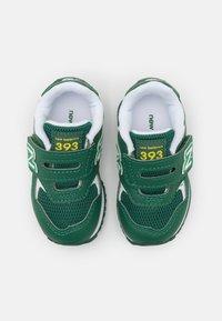 New Balance - IV393BGR - Trainers - green - 3