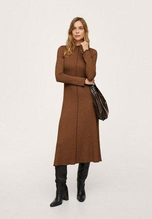 Vestido de punto - marron