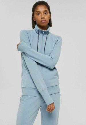 MIT HOHEM KRAGEN - Zip-up sweatshirt - pastel blue