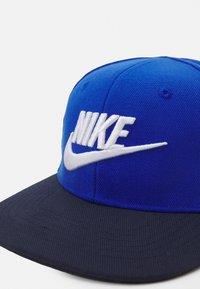 Nike Sportswear - TRUE LIMITLESS UNISEX - Cap - game royal - 3