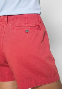 Polo Ralph Lauren - SLIM SHORT - Shorts - nantucket red - 3