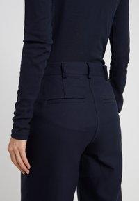 DESIGNERS REMIX - LETTA PANTS - Pantalon classique - navy - 5