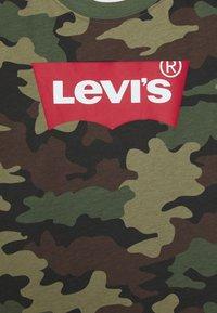 Levi's® - BATWING TEE - T-shirt print - cypress - 2