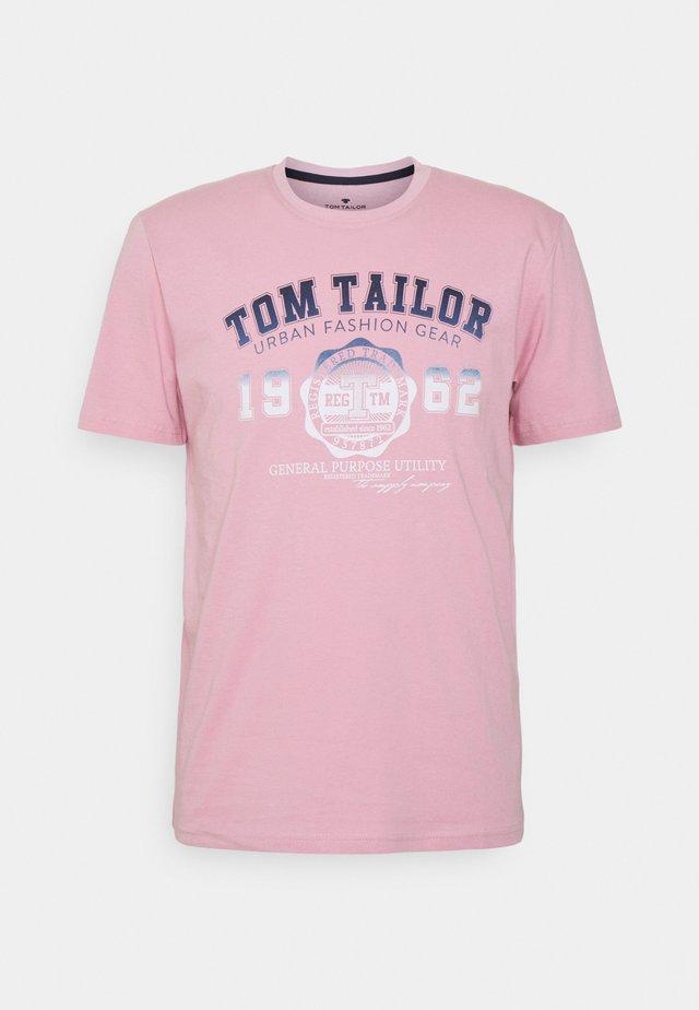 LOGO TEE - Print T-shirt - soft pink