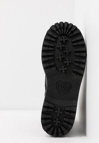 Jeffrey Campbell - Cowboy/biker ankle boot - black - 6