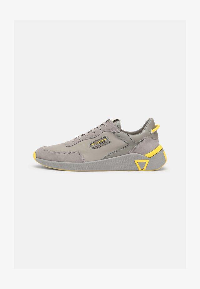 MODENA - Trainers - grey