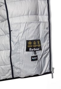 Barbour - BOYS TRAWL QUILT - Lehká bunda - black