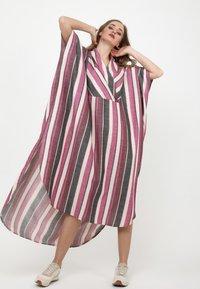 Madam-T - KORNA - Maxi dress - fuchsia/black - 0