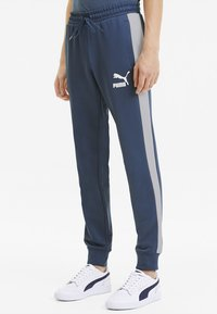 Puma - PUMA ICONIC T7 KNITTED MEN'S TRACK PANTS MALE - Tracksuit bottoms - dark denim - 0