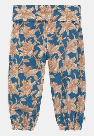Trousers - brilliant blue