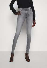 ONLY Tall - ONLSHAPE LIFE  - Jeans Skinny Fit - grey denim - 0