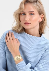 Guess - LADIES  - Zegarek - gold-coloured - 0