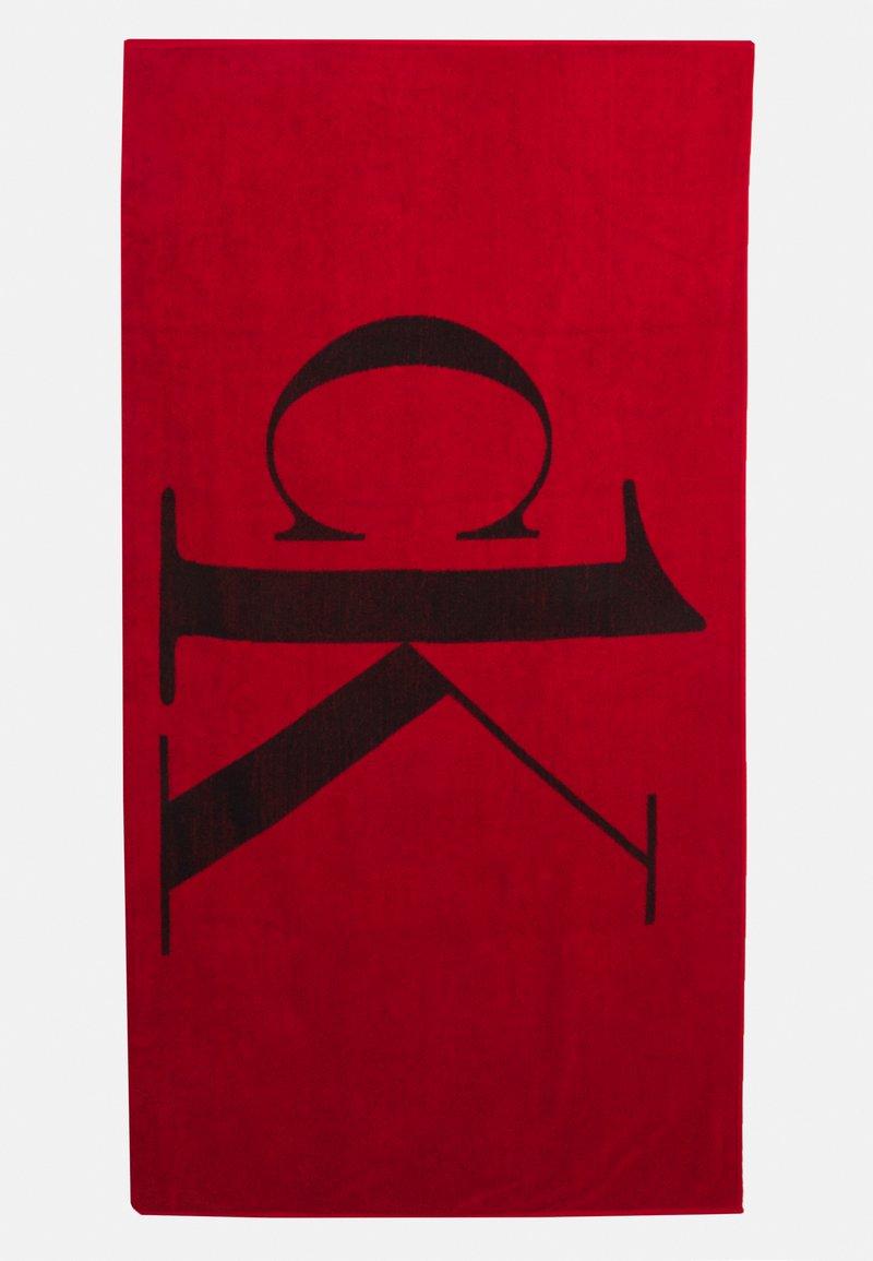 Calvin Klein Swimwear - A TOWEL - Badmantel - fierce red