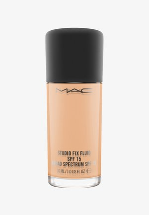 STUDIO FIX FLUID SPF15 FOUNDATION - Fond de teint - nw 22