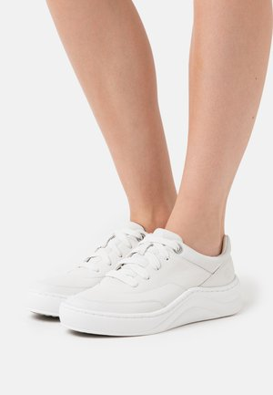 RUBY ANN  - Trainers - white