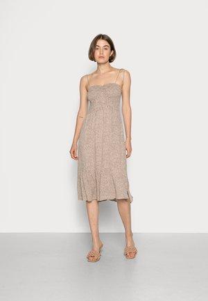 SMOCKED BODICE MIDI DRESS  - Day dress - tan dot