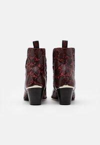 Jeffery West - VEGAN MURPHY CHELSEA - Cowboy/biker ankle boot - red - 2