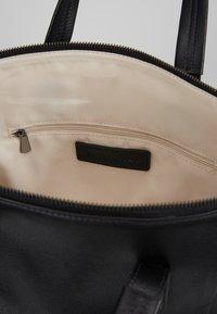 FREDsBRUDER - IWAKI - Handbag - black - 4