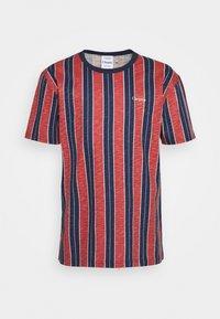 Cleptomanicx - SOIR - T-shirt z nadrukiem - chili - 0