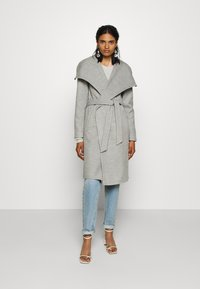 ONLY - ONLNEWPHOEBE DRAPY COAT - Zimní kabát - light grey melange - 0